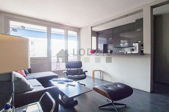 Location appartement 1 chambre avec terrasse et ascenseur for Appartement meuble paris long sejour