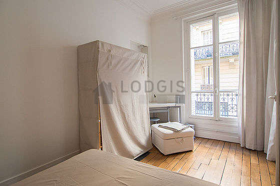 Bedroom for 2 persons equipped with 1 bed(s) of 130cm