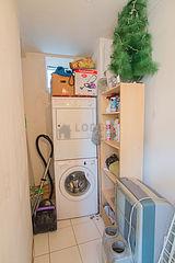 Apartment Paris 2° - Laundry room