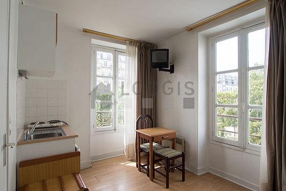 Location Studio Paris 15 Rue Du Commerce Meublé 18 M² Commerce