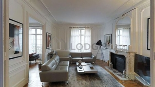 Appartement Bis Rue Paul Baudry Paris 8°