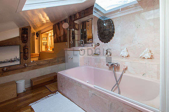 Beautiful bathroom with wooden floor