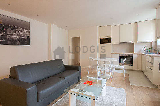 Location appartement 1 chambre avec ascenseur paris 16 for Appartement meuble paris long sejour