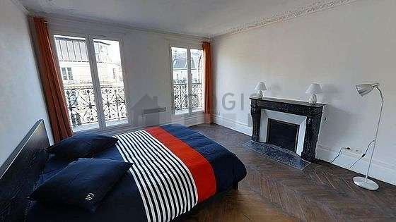 Chambre très calme pour 2 personnes équipée de 1 lit(s) armoire de 160cm