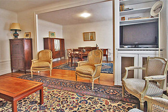 Very quiet living room furnished with 1 sofabed(s) of 140cm, tv, 4 armchair(s), 1 chair(s)