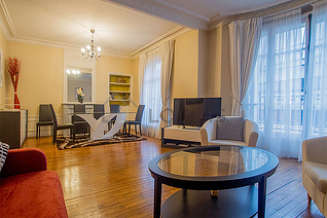 Commerce – La Motte Picquet Paris 15° 2 bedroom Apartment