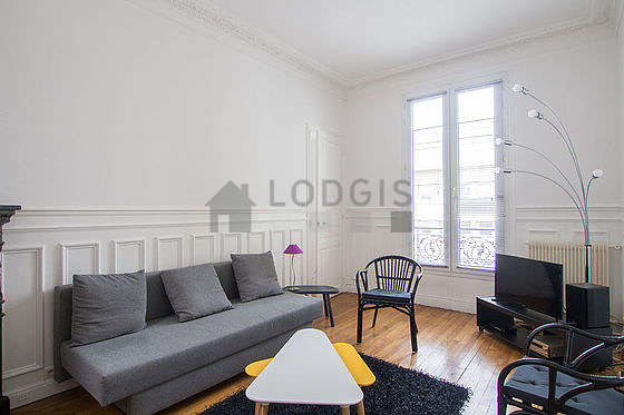 Quiet living room furnished with 1 sofabed(s) of 130cm, tv, hi-fi stereo, 2 armchair(s)