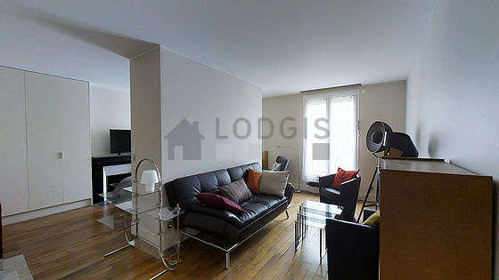 Very quiet living room furnished with 1 sofabed(s) of 120cm, sofa, 3 armchair(s)