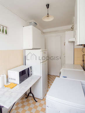 Kitchen where you can have dinner for 2 person(s) equipped with washing machine, refrigerator, cookware, stool