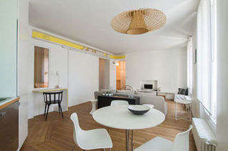 Studio avec alcôve Paris 10° Canal Saint Martin