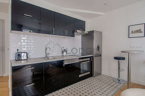 Great kitchen with its tile floor