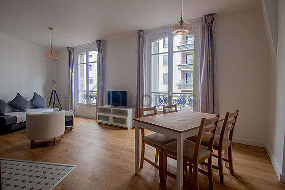 Very quiet living room furnished with 1 sofabed(s), tv, 1 armchair(s), 4 chair(s)