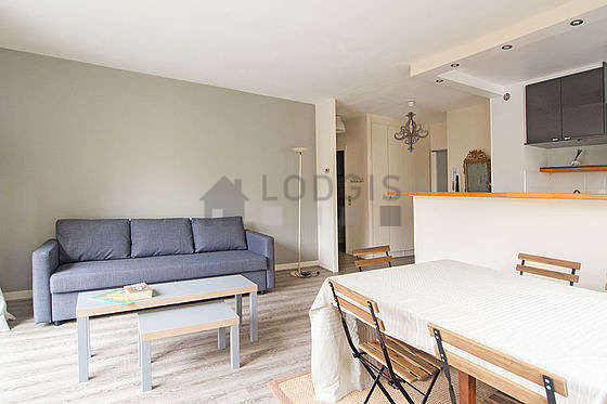 Very quiet living room furnished with 1 sofabed(s) of 140cm, dining table, coffee table, 6 chair(s)