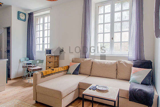 Charenton Le Pont 94220 Monthly Furnished Rental Studio