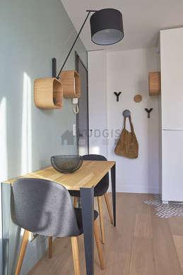 Salon très lumineux