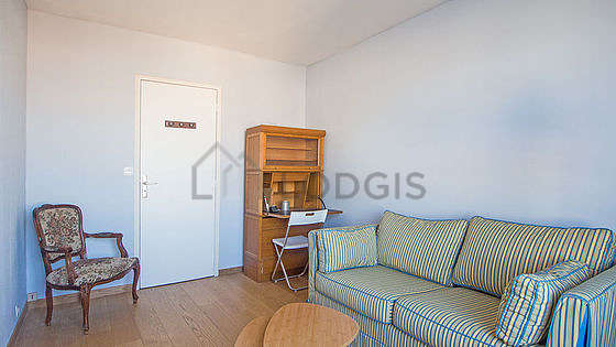 Very quiet bedroom for 2 persons equipped with 1 mattress of 140cm