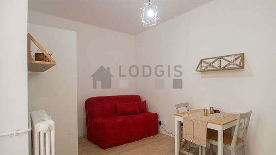 Very quiet living room furnished with 1 infant bed(s) of 80cm, 1 sofabed(s) of 140cm, tv, fan