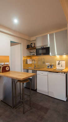 Great kitchen with linoleum floor