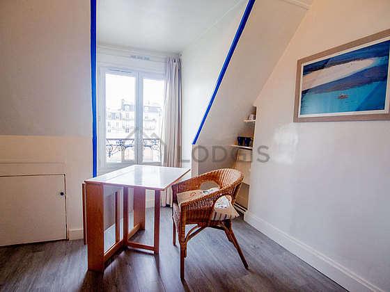 Location Studio Paris 15 Rue Juge Meublé 12 M² Commerce La