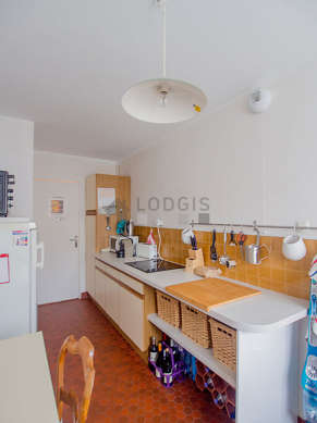 Kitchen where you can have dinner for 2 person(s) equipped with dishwasher, hob, refrigerator, cookware