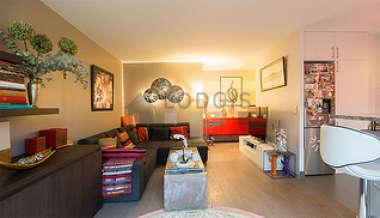 Suresnes 2 bedroom Apartment