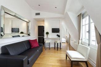 Apartment Rue Saint Honoré Paris 1°