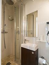 Apartment Paris 18° - Bathroom