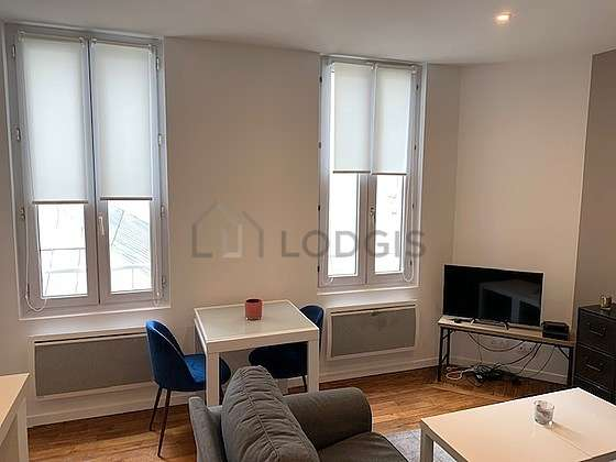 Very quiet living room furnished with 1 sofabed(s) of 130cm, tv, 1 armchair(s)