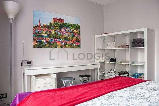 Bedroom of 18m²