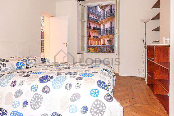 Bedroom for 2 persons equipped with 1 twin beds of 130cm