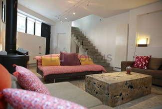 Maison individuelle 2 chambres Paris 18° Porte de Clignancourt