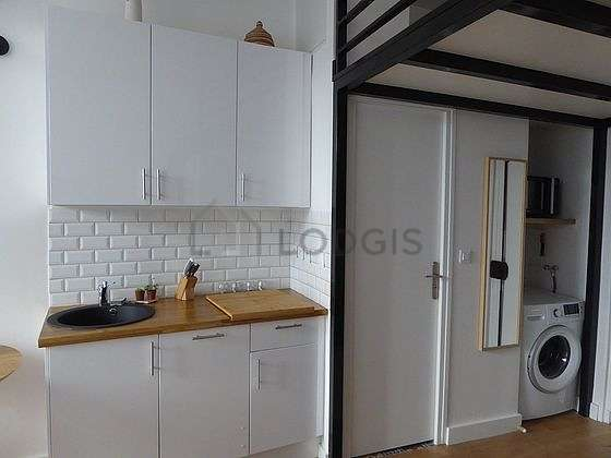 Great kitchen of 3m² with wooden floor