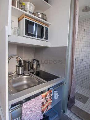 Magnifique cuisine de 7m² avec du parquet au sol