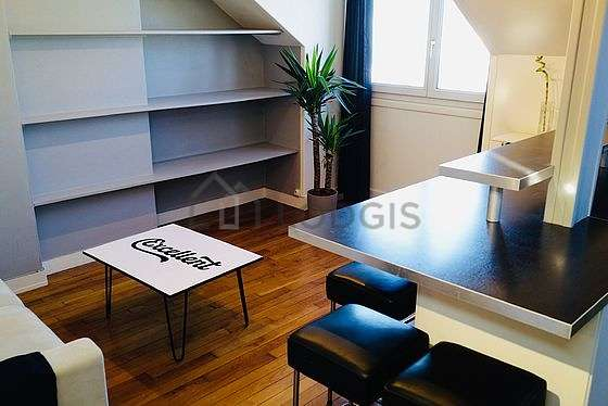 Living room furnished with 1 sofabed(s) of 140cm, tv