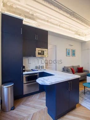 Great kitchen of 6m² with wooden floor