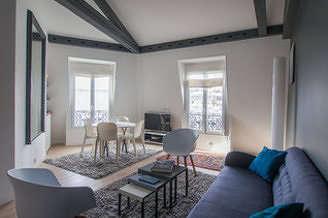 Champs-Elysées Paris 8° 2 bedroom Apartment