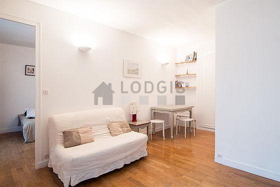 Location appartement 1 chambre avec ascenseur et local for Location meuble paris 17