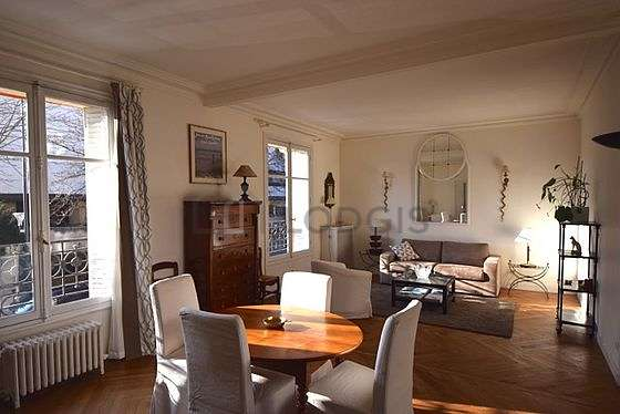 Very quiet living room furnished with sofa, 1 armchair(s), 6 chair(s)