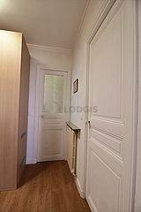 アパルトマン パリ 18区 - 玄関
