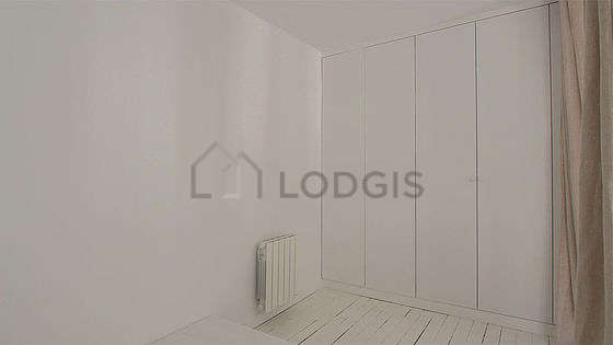 Very quiet alcove equipped with 1 bed(s) of 140cm, wardrobe, cupboard