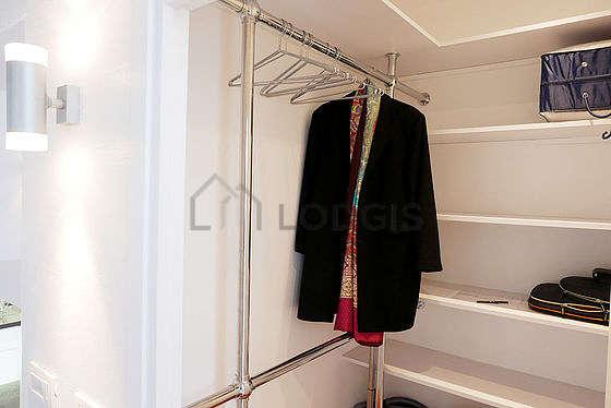 Dressing muni de : etagère