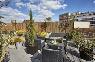 Suresnes 2 bedroom Duplex