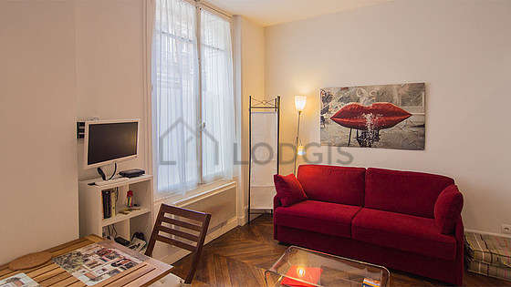Quiet living room furnished with 1 sofabed(s) of 140cm, tv, dvd player, wardrobe