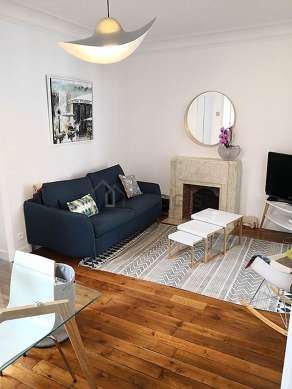 Very quiet living room furnished with 1 sofabed(s) of 160cm, tv, 4 chair(s)