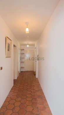 Beautiful entrance with floor tiles floor