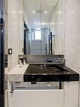 Apartment Paris 6° - Bathroom