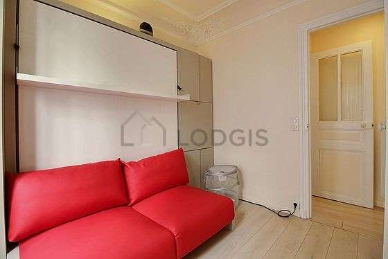 Very quiet bedroom for 2 persons equipped with 1 murphy bed(s) of 140cm