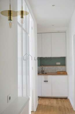 Beautiful kitchen of 3m² with wooden floor