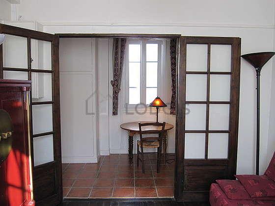 Salon équipé de 3 chaise(s)