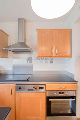 Great kitchen of 7m² with wooden floor